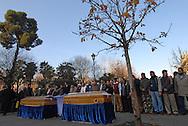 Roma, 20/01/2007: Benedizione e funerale con rito e preghiera islamica per Mery Begum e Hasib Mohamod, madre e figlio morti in seguito all'incendio dell'appartamento nel rione Esquilino.<br /> &copy;Andrea Sabbadini