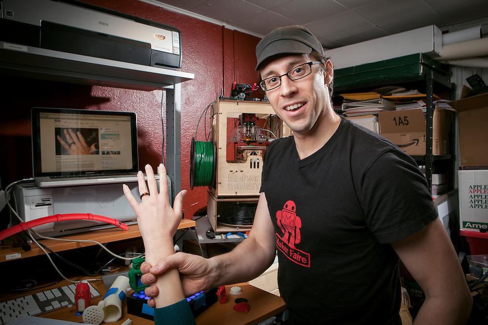 Robert Carlsen - Programmer - Hacker - creator - artist - cyclist Brooklyn NY