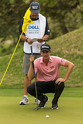 March 23, 2018 - Austin, TX, U.S. - AUSTIN, TX - MARCH 23:  Webb Simpson lines up a birdie attempt during the WGC-Dell Technologies Match Play Tournament on March 22, 2018, at the Austin Country Club in Austin, TX.  (Photo by David Buono/Icon Sportswire) (Credit Image: © David Buono/Icon SMI via ZUMA Press)