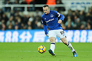 Wayne Rooney (#10) of Everton plays a pass during the Premier League match between Newcastle United and Everton at St. James's Park, Newcastle, England on 13 December 2017. Photo by Craig Doyle.