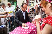 FRANCOIS HOLLANDE en Avignon pour le festival 2011