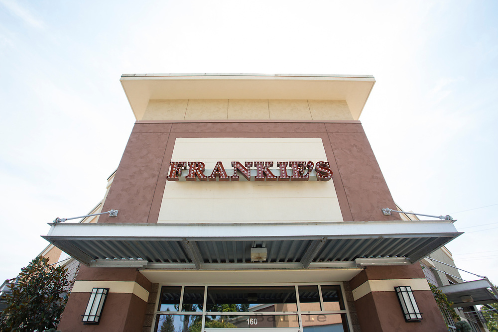 Frankie's Restaurant in Albany, Oregon.