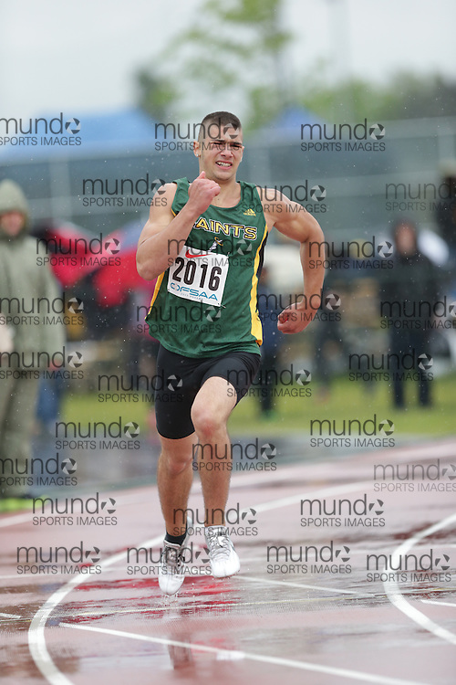 Brandon Sirignano of St Patrick HS - Thunder Bay competes in the 400m heats at the 2013 OFSAA Track and Field Championship in Oshawa Ontario, Thursday,  June 6, 2013.<br /> Mundo Sport Images / Sean Burges