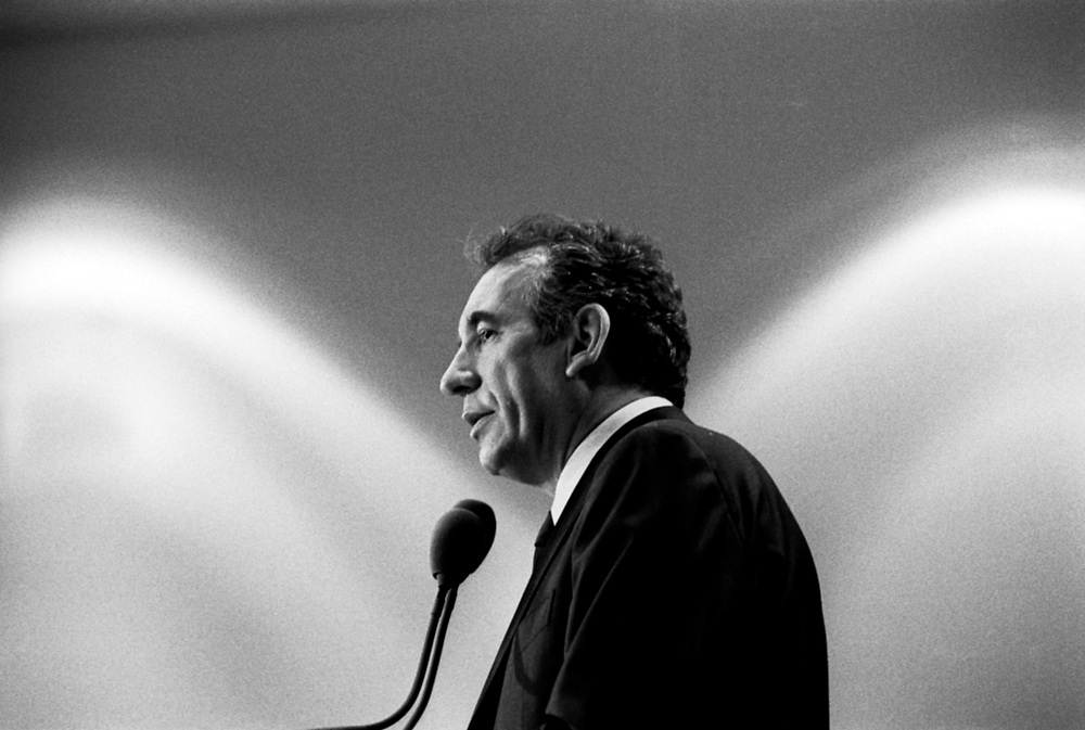 """French presidential candidate François Bayrou during a press conference to present his political program """"Projet d'Espoir"""" at the Marriot Rive Gauche hotel..Paris, France. 03/04/2007 .Photo © J.B. Russell"""