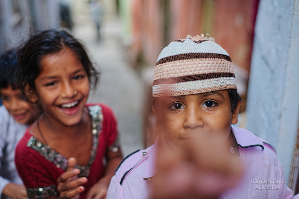 Children playing at the alleys of Udaipur old town