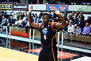 DESCRIZIONE : Caserta Lega serie A 2013/14  Pasta Reggia Caserta Acea Virtus Roma<br /> GIOCATORE : bobby jones<br /> CATEGORIA : delusione mani<br /> SQUADRA : Acea Virtus Roma<br /> EVENTO : Campionato Lega Serie A 2013-2014<br /> GARA : Pasta Reggia Caserta Acea Virtus Roma<br /> DATA : 10/11/2013<br /> SPORT : Pallacanestro<br /> AUTORE : Agenzia Ciamillo-Castoria/GiulioCiamillo<br /> Galleria : Lega Seria A 2013-2014<br /> Fotonotizia : Caserta  Lega serie A 2013/14 Pasta Reggia Caserta Acea Virtus Roma<br /> Predefinita :