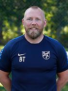 FODBOLD: Brian Trolle (Cheftræner, Kvindesenior) ved Ølstykke FC's officielle fotosession den 10. august 2017 på Ølstykke Stadion. Foto: Claus Birch