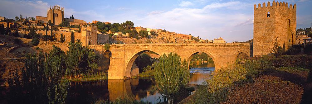 SPAIN, CASTILE-LA MANCHA, TOLEDO city walls, San Martin bridge over Rio Tajo