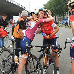 30-08-2017: Wielrennen: Boels Ladies Tour: Arnhem: Anna van der Breggen: Amy Pieters