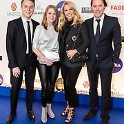 NLD/Amsterdam/20170328 - Uitreiking Tv Beelden 2017, Linda de Mol en partner Jeroen Rietbergen, en kinderen Julian en Noa