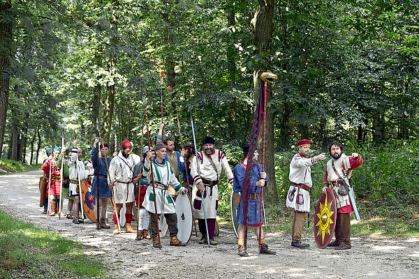 Nederland, Heilig Landstichting, 1-8-2014Museumpark Orientalis viert het Laat-Romeins Festival. Een gelegenheid in het teken van de Romeinen. Romeinse re-enactors uit Europa, met name Spanje, Duitsland, Frankrijk, Nederland en Engeland, herleven het leven in de nadagen van het Romeinse Rijk. Zij laten zien wat het Laat-Romeinse leger was. Heilig Landstichting is een dorp in de gemeente Groesbeek, Gelderland en ligt tegen Nijmegen aan. Het dorp is genoemd naar het hier gelegen Museumpark Orientalis, dat voorheen Bijbels openluchtmuseum Heilig Land Stichting heette. tegenwoordig richt het zich ook op andere godsdiensten, zoals de islam. De sultan van Oman heeft een arabisch dorp aan het museum geschonken, compleet met moskee.FOTO: FLIP FRANSSEN/ HOLLANDSE HOOGTE