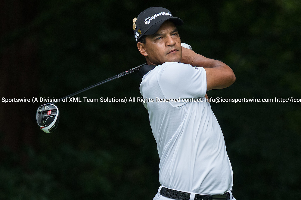 September 8, 2016: Fabian Gomez tees off on hole number 2 during the first round of the BMW Championship at Crooked Stick Golf Club in Carmel, IN.  (Photo by Zach Bolinger/Icon Sportswire)