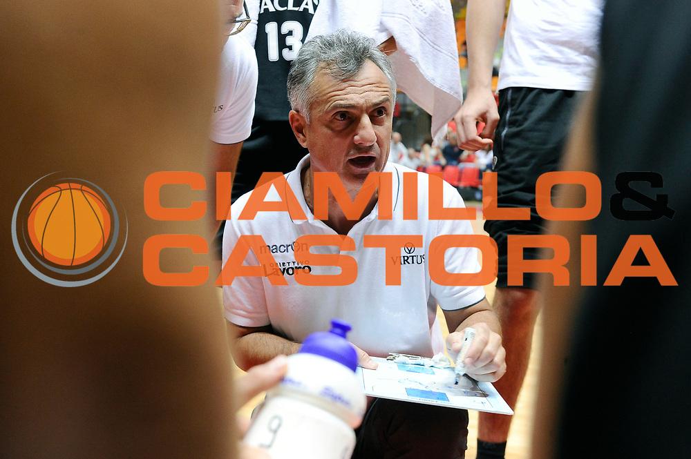 DESCRIZIONE : Livorno Trofeo Labronica Basket &ldquo;Allianz&rdquo; Dolomiti Energia Trento Obiettivo Lavoro Bologna<br /> GIOCATORE : Giorgio Valli<br /> CATEGORIA : timeout<br /> SQUADRA : Obiettivo Lavoro Bologna<br /> EVENTO : Trofeo Labronica Basket &ldquo;Allianz&rdquo;<br /> GARA : Dolomiti Energia Trento Obiettivo Lavoro Bologna<br /> DATA : 25/09/2015<br /> SPORT : Pallacanestro <br /> AUTORE : Agenzia Ciamillo-Castoria/Max.Ceretti