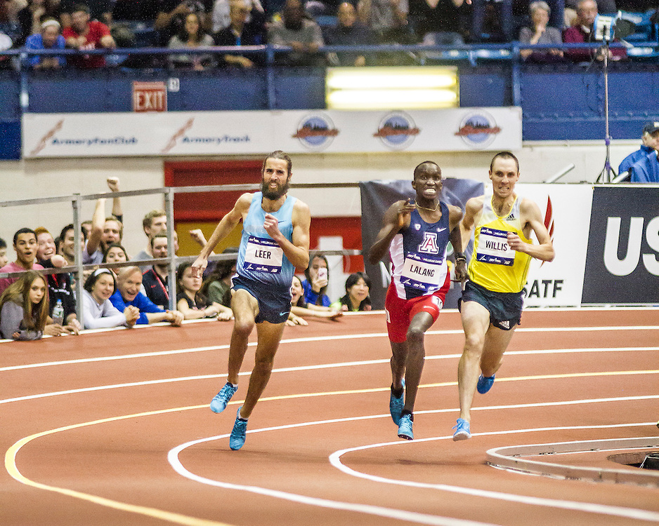 Millrose Games: Wanamaker Mile, Leer, Lalang, WIllis turn into homestretch, Will Leer wins