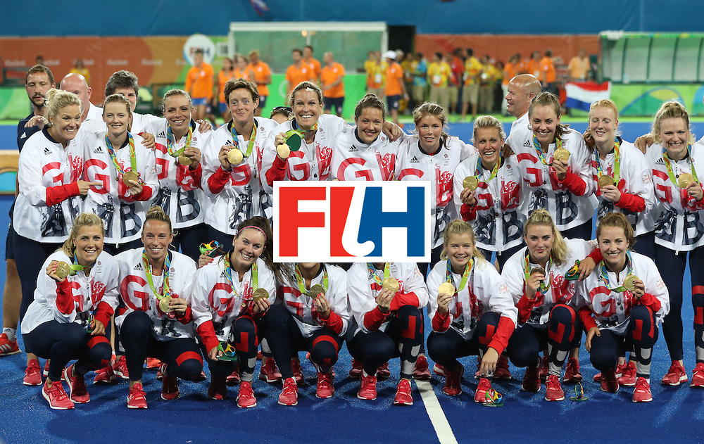 RIO DE JANEIRO, BRAZIL - AUGUST 19:  Great Britain pose after winning a penalty shoot out during the Women's Hockey final between Great Britain and the Netherlands on day 14 at Olympic Hockey Centre on August 19, 2016 in Rio de Janeiro, Brazil. (Photo by Ian MacNicol/Getty Images)