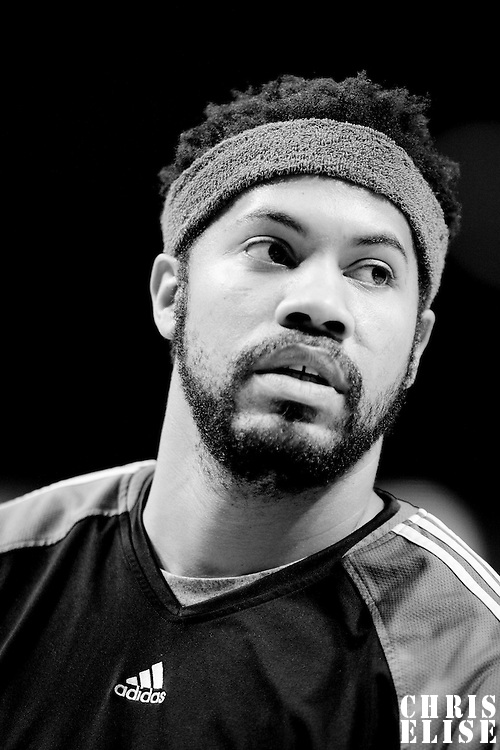 12 December 2009: Boston Celtics ' center Rasheed Wallace is seen warming up prior to the Boston Celtics 106-80 win over the Chicago Bulls at the United Center, in Chicago, Illinois, USA.