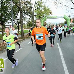 20141026: SLO, Athletics - 19th Ljubljana Marathon 2014 / Pri Zavarovalnici Tilia -10 km - 3.skupina
