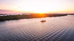 Praia da Paquetá é uma praia do município de Canoas, no estado do Rio Grande do Sul, no Brasil. Recuperada da poluição das águas do rio Gravataí, é um local, no entanto, ainda impróprio para o banho. Em 1890, a praia era um ponto de veraneio, mas começou a ficar poluída em 1950, com o aumento da população. A prefeitura e o governo do Rio Grande do Sul fazem peridiodicamente a limpeza do local. É uns dos poucos lugares que preservam a vegetação original da cidade. FOTO: Jefferson Bernardes/ Agência Preview