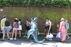© Licensed to London News Pictures. 07/05/2018. London, UK. People queue to enter Brockwell Lido swimming pool in Brockwell Park, south London, on the May Bank Holiday as record-breaking temperatures are expected across Britain. Photo credit: London News Pictures