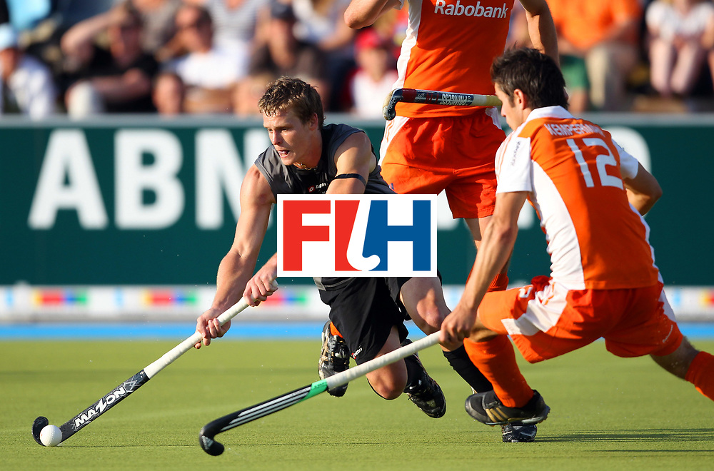 Mens Champions Trophy, Monchengladbach 2010<br /> Day 3, New Zealand V Netherlands 3/8/10<br /> Credit: Grant Treeby<br /> Editorial use only(No Archiving)