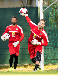 30.08.2016, Ernst Happel Stadion, Wien, AUT, FIFA WM Qualifikation, Georgien vs Oesterreich, Gruppe D, Training Oesterreich, im Bild Ramazan Oezcan, Andreas Lukse // during a training session of Team Austria (AUT) in front of the FIFA World Cup Qualifier Match between Georgia and Austria at the Ernst Happel Stadion, Vienna, Austria on 2016/08/30. EXPA Pictures © 2016, PhotoCredit: EXPA/ Sebastian Pucher