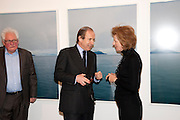 SIMON DE PURY; JULIA PEYTON-JONES, 'Engagement' exhibition of work by Jennifer Rubell. Stephen Friedman Gallery. London. 7 February 2011. -DO NOT ARCHIVE-© Copyright Photograph by Dafydd Jones. 248 Clapham Rd. London SW9 0PZ. Tel 0207 820 0771. www.dafjones.com.