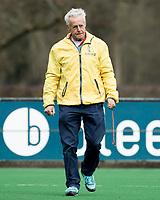 BLOEMENDAAL - Arbitrage (Erik vd Vegt) hockey competitiewedstrijd Bloemendaal MB1-Zwolle MB1 (2-2).     COPYRIGHT KOEN SUYK