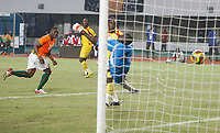 Photo: Steve Bond/Richard Lane Photography.<br /> Ivory Coast v Benin. Africa Cup of Nations. 25/01/2008. Aruna Dindane (L) heads goal no4