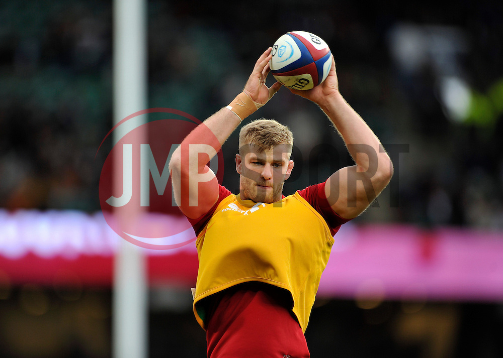 George Kruis of England wins lineout ball during the pre-match warm-up - Photo mandatory by-line: Patrick Khachfe/JMP - Mobile: 07966 386802 08/11/2014 - SPORT - RUGBY UNION - London - Twickenham Stadium - England v New Zealand - 2014 QBE Internationals
