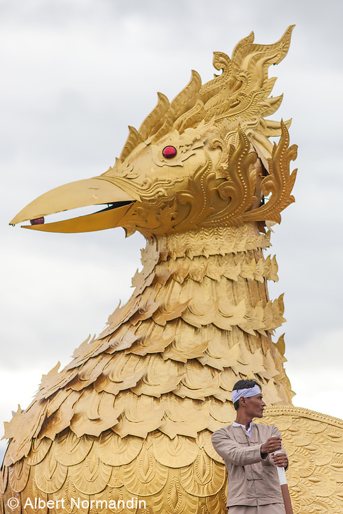 Golden Duck head on celebration barge, Kyaing Kan village, Long Boat Procession, Phaung Daw Oo Pagoda Festival, Inle Lake