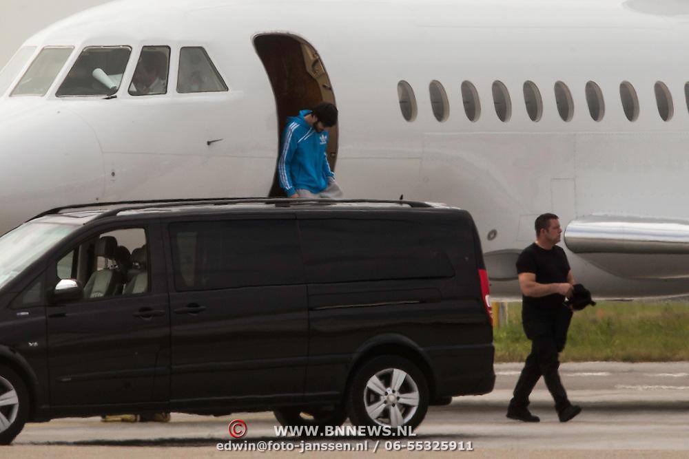 NLD/Schiphol/20140624 - Aankomst van de popgroep One Direction op Schiphol<br /> <br /> Arrival of the popgroup One Direction on Schiphol airport the Netherlands