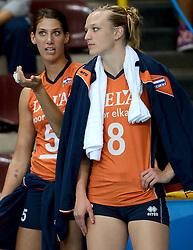 28-09-2014 ITA: World Championship Volleyball Mexico - Nederland, Verona<br /> Nederland wint met 3-0 van Mexico / Robin de Kruijf, Judith Pietersen