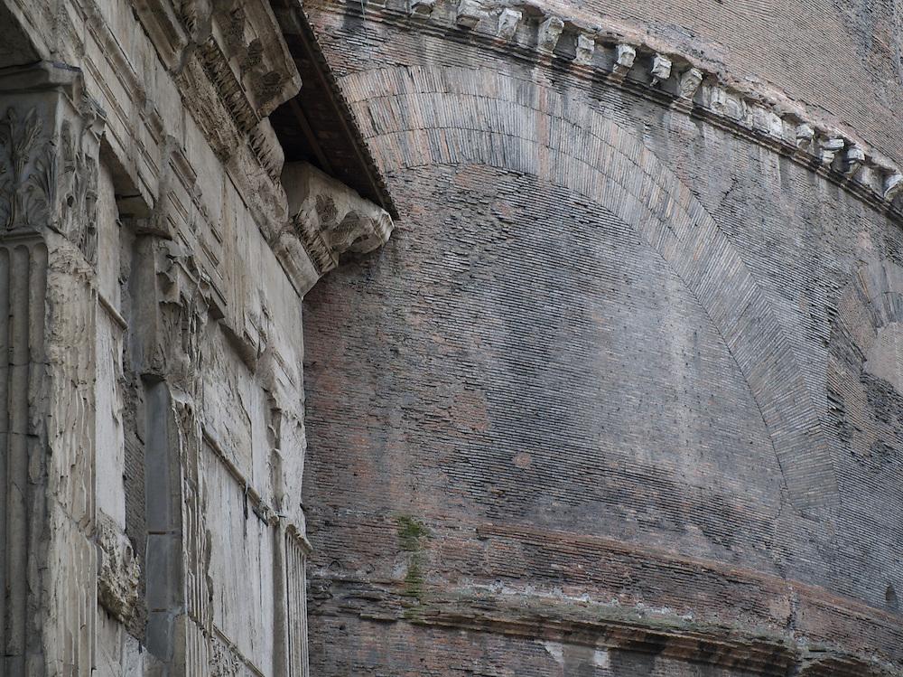 Pantheon drum 1, Rome