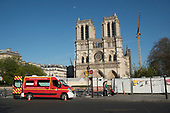 Ile Cite St Louis St Michel Lockdown Coronavirus Paris