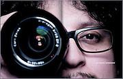 Alejandro Fernandez director de cine chileno. Especial 40 años de revista Que Pasa.