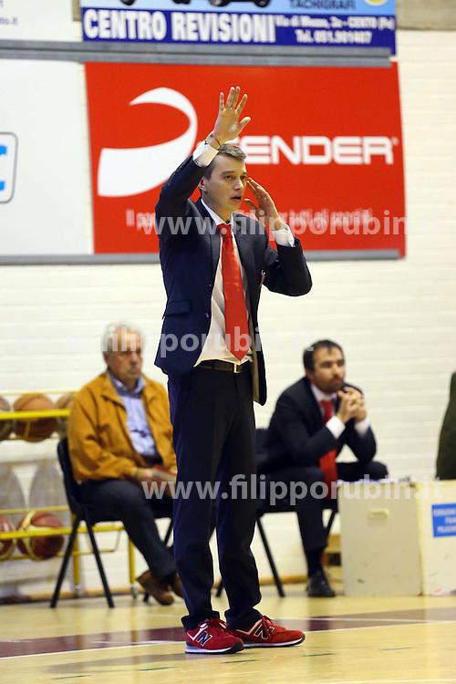 MARCO ALBANESI BASKET CENTO - FORLI<br /> CENTO (FE) 07-11-2015<br /> FOTO FILIPPO RUBIN
