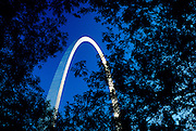 Image of the Gateway Arch in St. Louis, Missouri, American Midwest