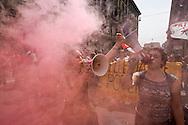 """Roma 5 Maggio 2015<br /> Sciopero generale dei lavoratori della scuola e degli studenti  indetto da tutti i sindacati contro la riforma della scuola del governo Renzi soprannominata 'La Buona Scuola"""", gli insegnanti accusano il governo di agevolare la privatizzazione dell'istruzione.<br /> Rome May 5, 2015<br /> General strike of school workers and students organized by all trade unions against Renzi's school reform dubbed 'The Good School', teachers accuse of facilitating the privatisation of education."""