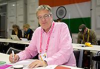 DEN HAAG - - Journalist and commentator Hockey, Nick Irvine. Copyright KOEN SUYK