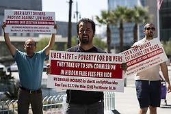 September 5, 2017 - Los Angeles, California, United States - Uber and Lyft drivers protest the ride sharing companies' low wages in Los Angeles, California on September 5, 2017.(Photo by: Ronen Tivony) (Credit Image: © Ronen Tivony/NurPhoto via ZUMA Press)