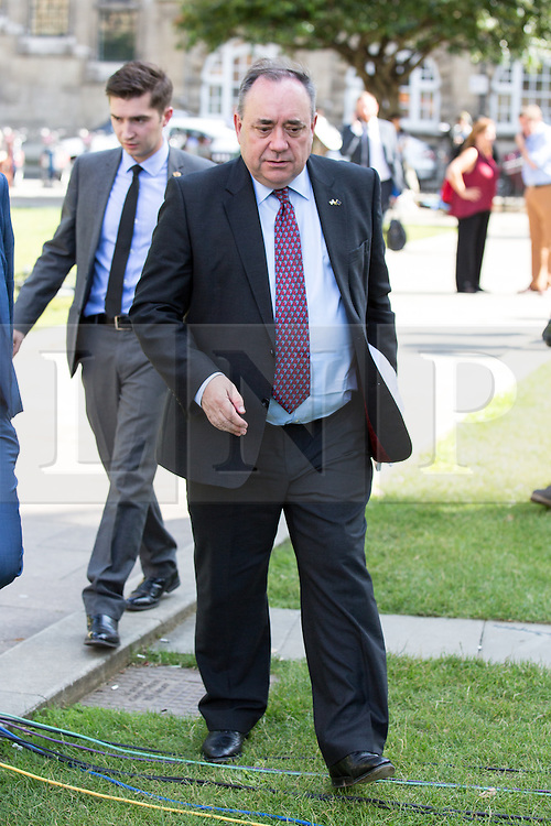 © Licensed to London News Pictures. 06/07/2016. London, UK. Former First Minister of Scotland ALEX SALMOND on College Green on the day the report of the Iraq Inquiry is published. Salmond has called for legal action against Tony Blair following the publication of the Inquiry, which was predicated to take approximately one year, but has taken seven. Photo credit : Tom Nicholson/LNP