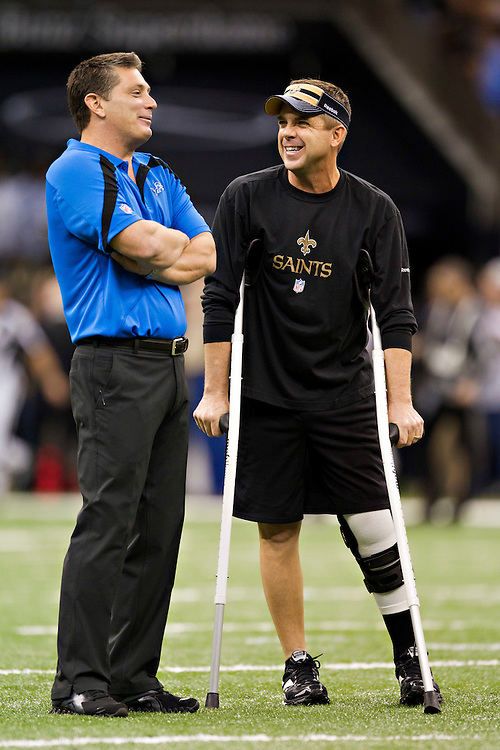 NEW ORLEANS, LA - DECEMBER 4:   Head Coach Sean Payton of the New Orleans Saints and Head Coach Jim Schwartz of the Detroit Lions talk before the game at Mercedes-Benz Superdome on December 4, 2011 in New Orleans, Louisiana.  The Saints defeated the Lions 31-17.  (Photo by Wesley Hitt/Getty Images) *** Local Caption *** Sean Payton; Jim Schwartz