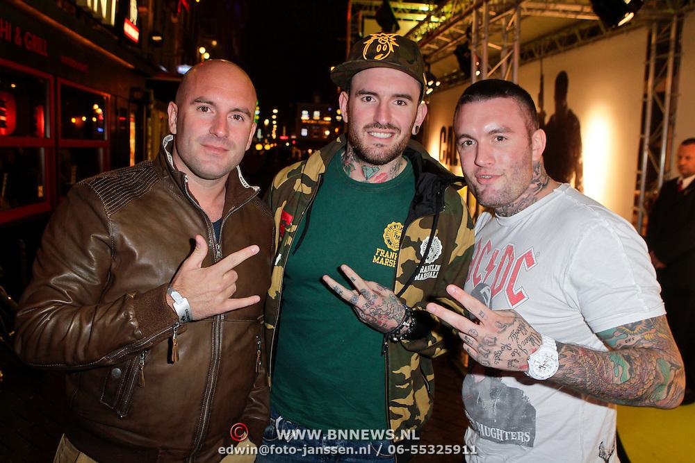 NLD/Amsterdam/20111107- Lancering Call of Duty MW3, broers Dean Suanders, Ben Saunders en Jamie Saunders