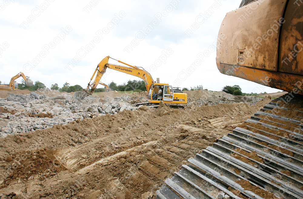Clooney GAA development project. Construction is still in progress on the new GAA pitch. Pic. Emma Jervis/ press 22.