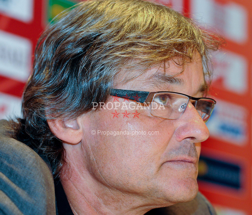 "07.09.2011, Hilton, Wien, AUT, Pressekonferenz OEFB, im Bild Dietmar ""Didi"" Constantini bleibt Teamchef bis Dezember // during the OEFB Press Conference, at Hilton, Vienna, 2011-09-07, EXPA Pictures © 2011, PhotoCredit: EXPA/ M. Gruber"