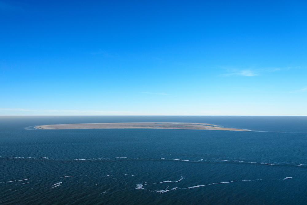Nederland, Noord-Holland, Den Helder, 11-12-2013; Noorderhaaks (Razende Bol), zandplaat - onbewoond eilandje in het Marsdiep bij Texel. <br /> Noorderhaaks (Razende Bol), sandbank - uninhabited island in the Marsdiep near Texel.<br /> luchtfoto (toeslag op standaard tarieven);<br /> aerial photo (additional fee required);<br /> copyright foto/photo Siebe Swart.