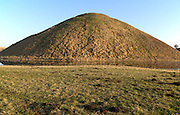 Largest prehistoric structure in Europe Silbury Hill mound, Wiltshire, England