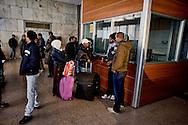 Roma 13 Gennaio 2014<br /> Rifugiati eritrei, circa 600,  vivono in un edifico, l'ex Agenzia per la protezione dell'ambiente, in  a via Curtatone  vicino  Piazza Indipendenza occupato  il 12 Ottobre 2013 durante il terzo tsunami tour, insieme al  Coordinamento di lotta per la casa. I 600 rifugiati  sono  provenienti da Lambedusa dopo la traversata del Mediterraneo.<br /> Rome January 13, 2014<br /> Eritrean refugees, about 600, live in a building, the former Agency for Environmental Protection, in Via Curtatone near Independence Square occupied October 12, 2013 during the Third tsunami tour , along with the Coordination of the struggle for housing. The 600 refugees from Lambedusa after crossing the Mediterranean