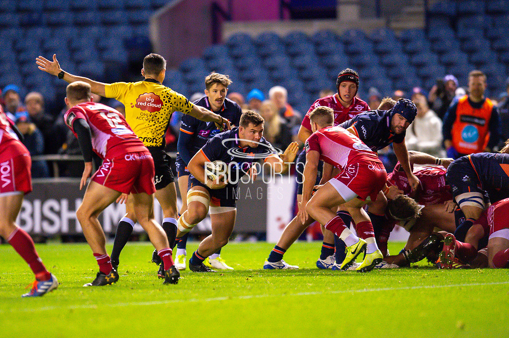 Mike Willemse (#2) of Edinburgh Rugby bursts forward on his way to scoring Edinburgh's third try during the Guinness Pro 14 2019_20 match between Edinburgh Rugby and Scarlets at BT Murrayfield Stadium, Edinburgh, Scotland on 26 October 2019.