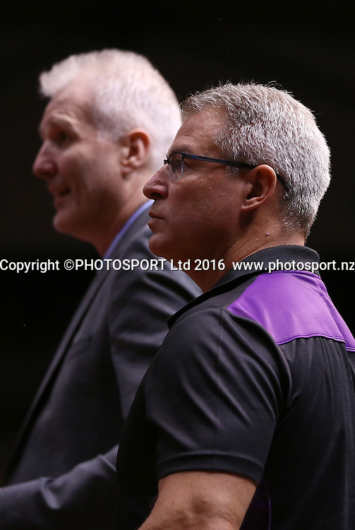 Kings` Assistant Coach Dean Vickerman in the Round 3 ANBL Basketball Match, New Zealand Breakers v Sydney Kings, North Shore Events Centre, Auckland, New Zealand, Thursday, October 20, 2016. Copyright photo: David Rowland / www.photosport.nz
